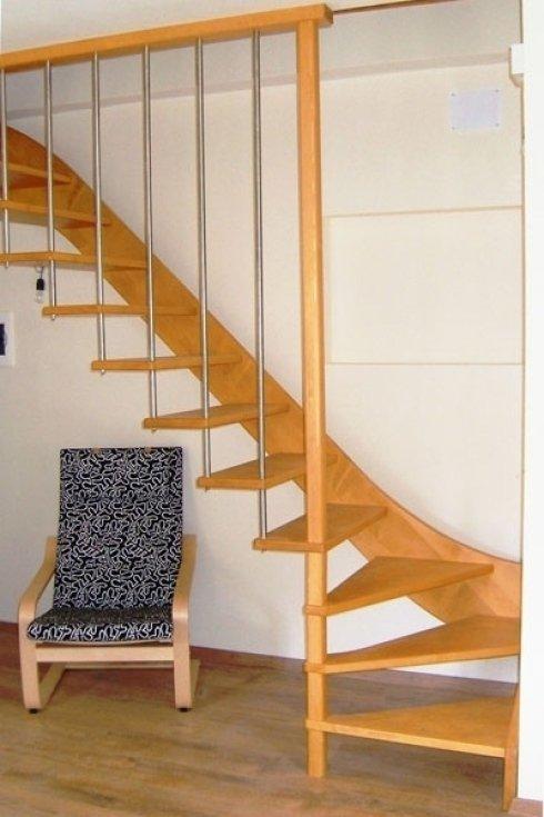 Scala in legno di abete
