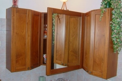 MObiletto angolare per bagno
