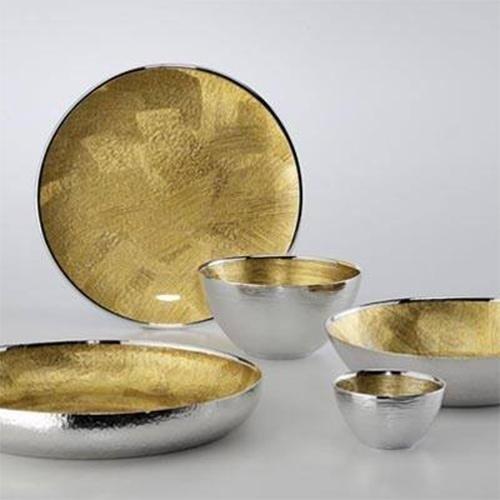 collezione degli utensili in oro