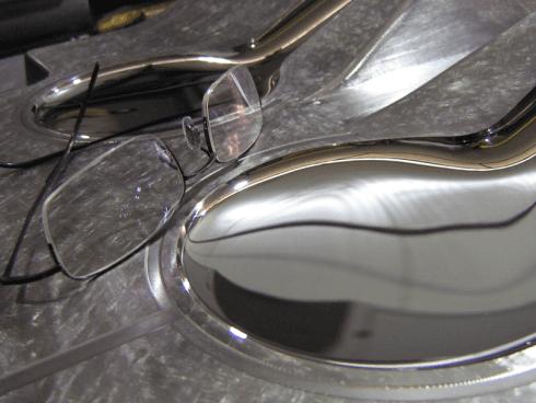 trattamento lucidatura superficie metallica