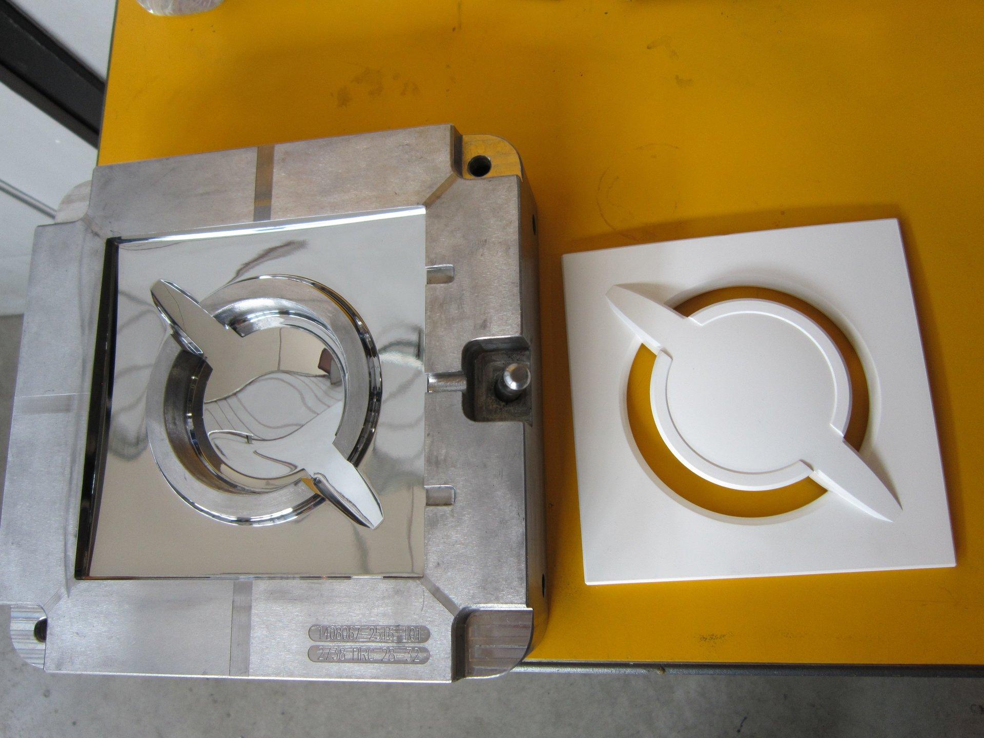 materiale metallico in lavorazione