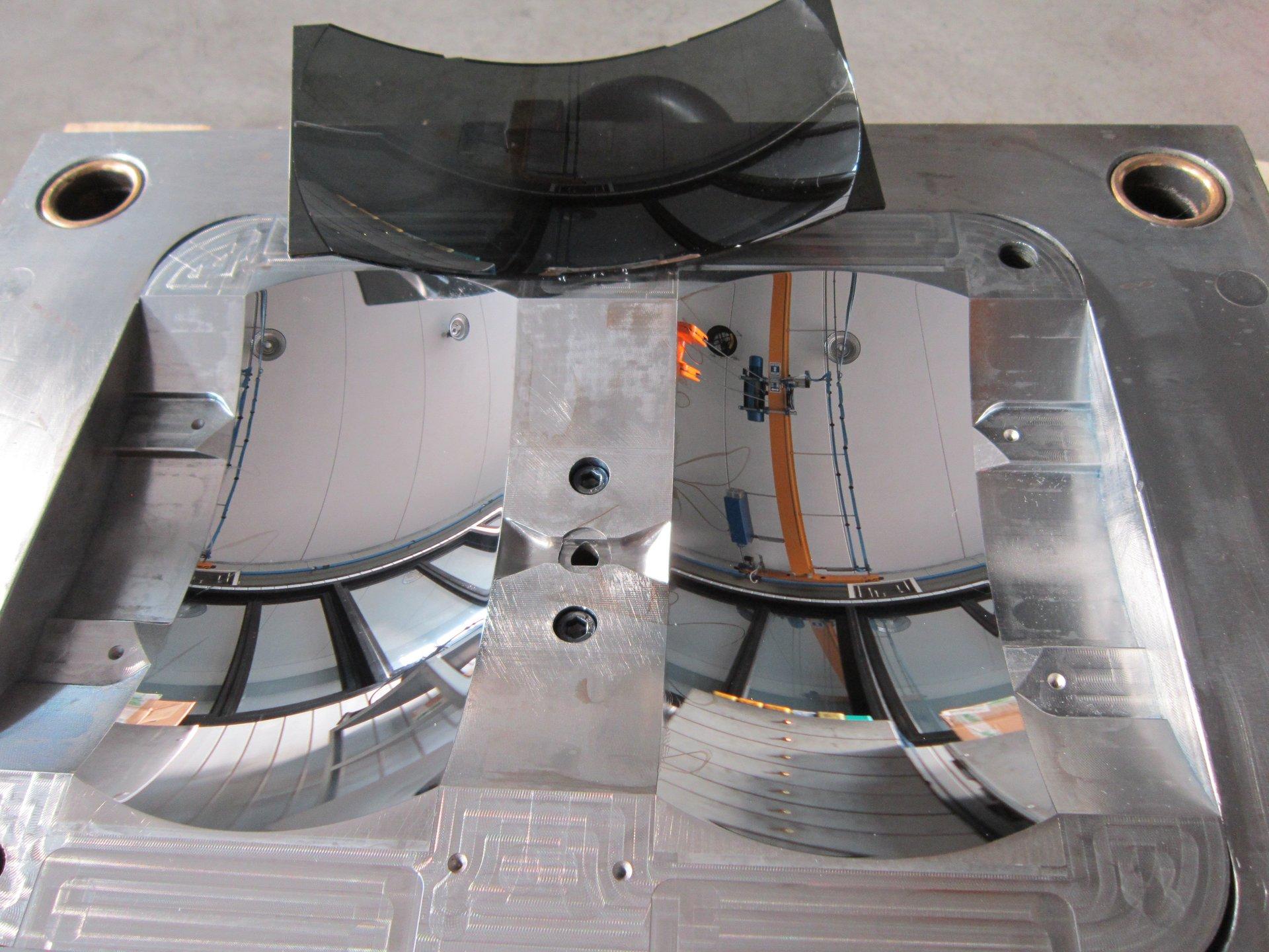 componentistica in acciaio dopo lucidatura