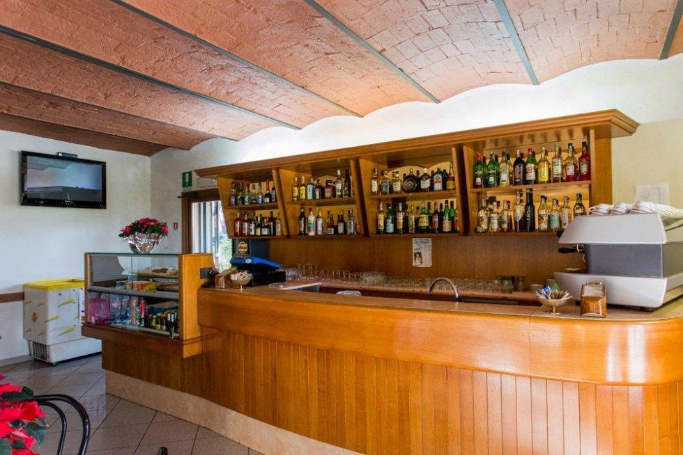 Bar locale