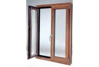 finestra tinto legno