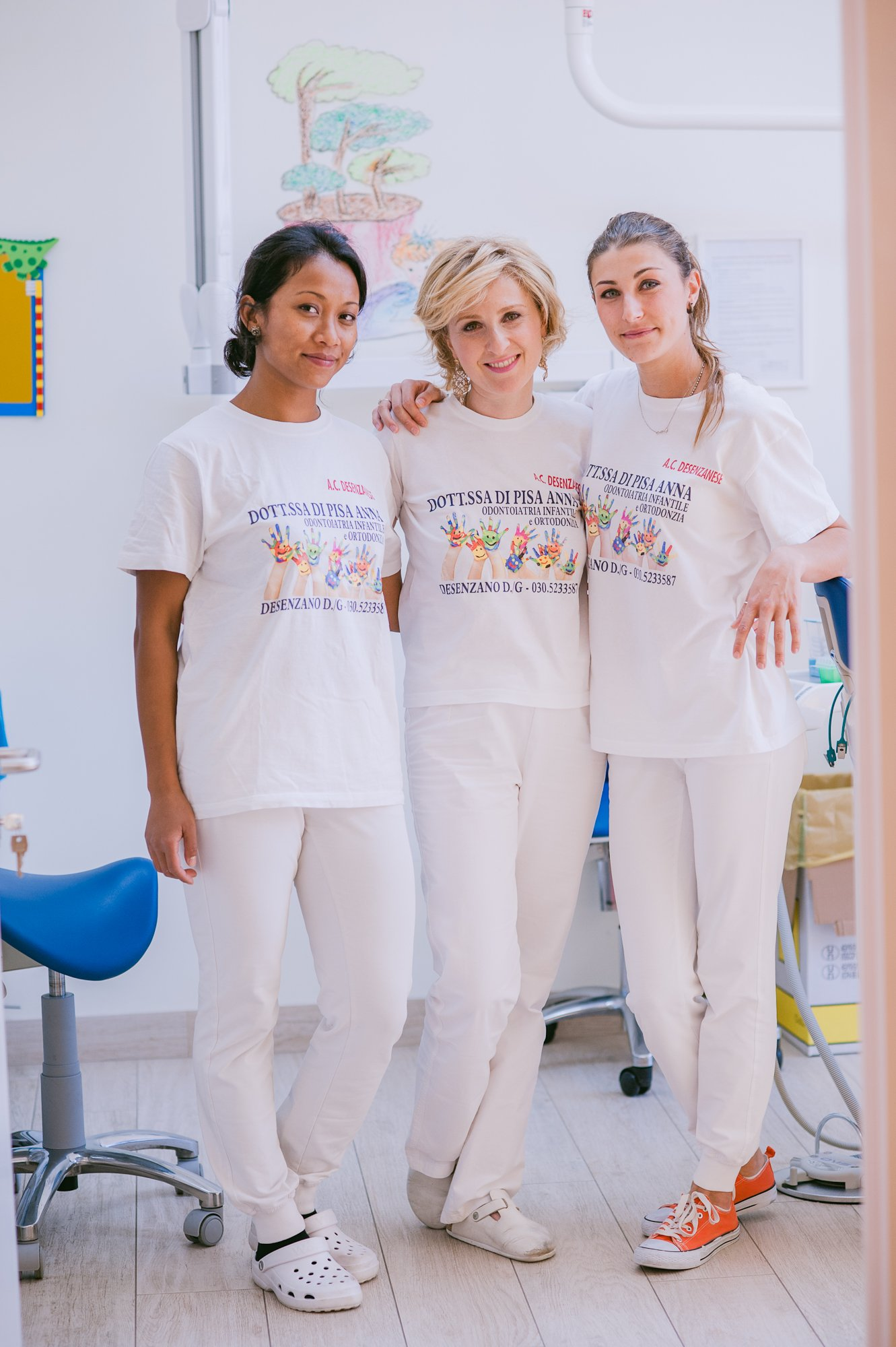 Foto di gruppo delle dentiste pediatriche
