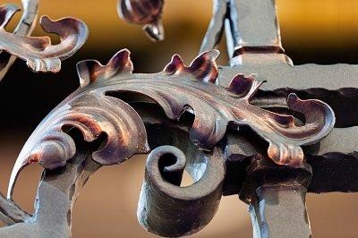 I nostri lavori in ferro nel dettaglio a Costa Di Mezzate (BG)