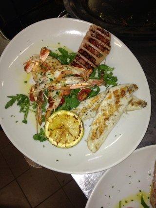 Grigliata di carne e pesce