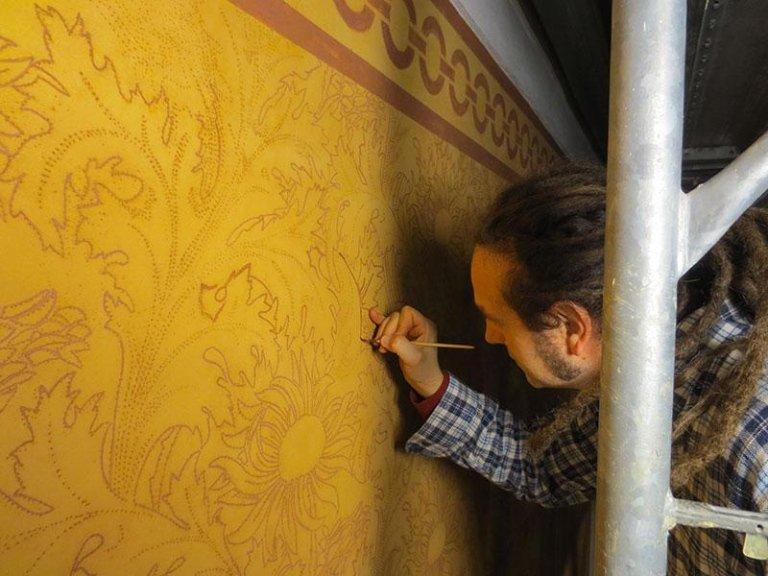Integrazione pittorica a finta tapezzeria