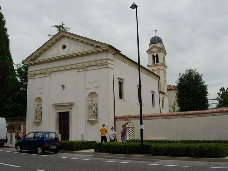 Chiesa di S. Innocenzo dopo il restauro