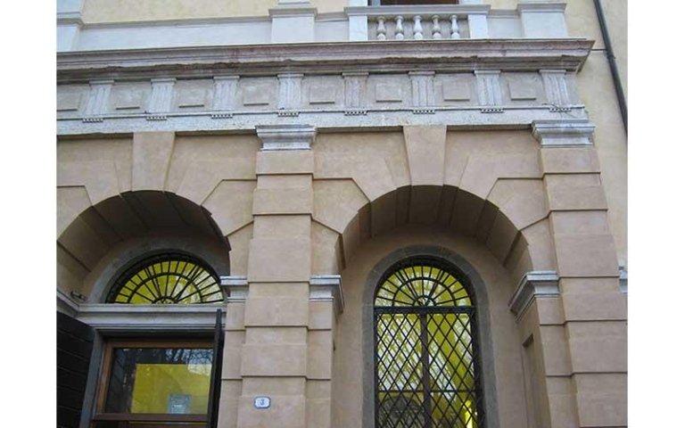 Particolare del Palazzo del Capitanio dopo il restauro