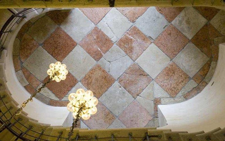 Pavimento della Scala Massari restaurato