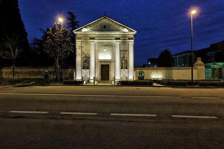 Ripresa notturna. Foto di Paolo Monello. Progetto e D.LL Arch. Rigo Gianni
