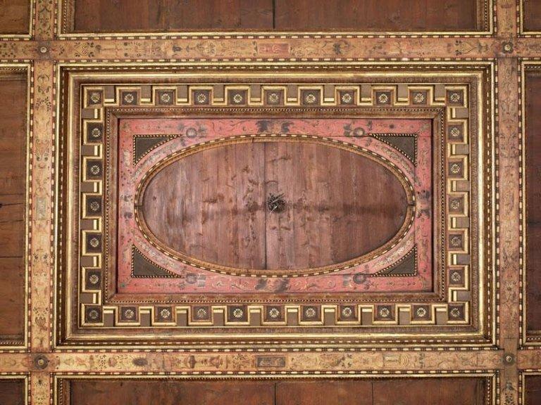 Soffitto ligneo sala del Nettuno dopo il restauro