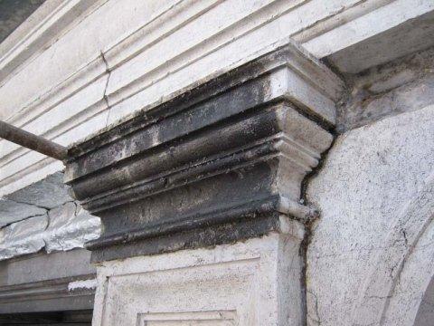 restauro pietra