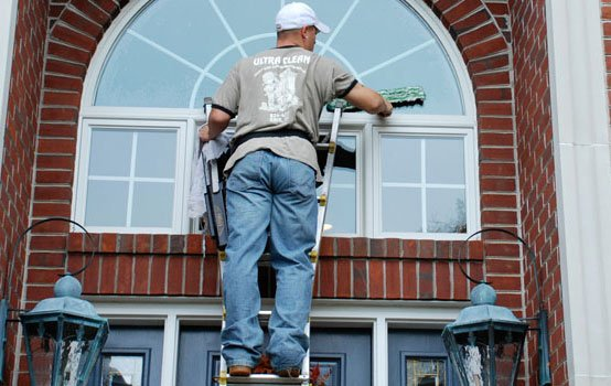 professional exterior window cleaning company Erie, PA