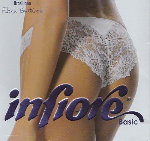 Una donna che indossa mutandine di pizzo di color bianco e una scritta Infiore basic, Brasiliana, Elena Santarelli