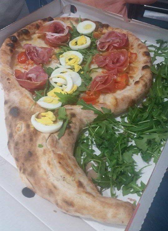 pizza a forma di goccia