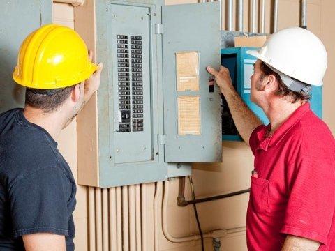 lavorazioni idraulico ed elettricista