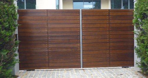 horizontal board wooden gates