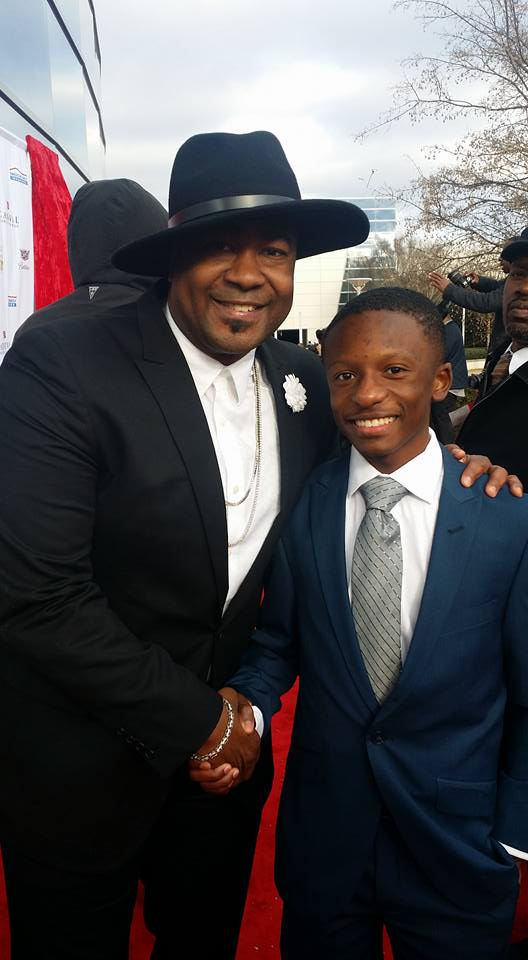 Rev. Jared Sawyer and Canton Jones, Grammy Nominated Gospel Artist on the red carpet at The Trumpet Award