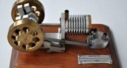 riproduzione di modelli in scala a motore stirling