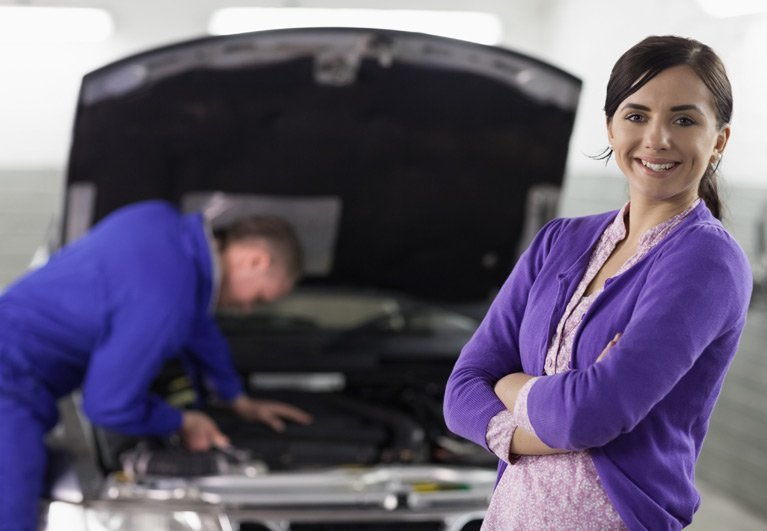 bbl automotive repairs customer and mechanic