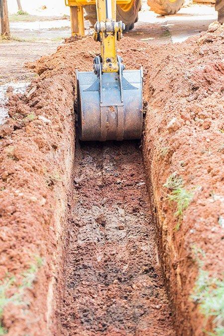 escavatore all'opera