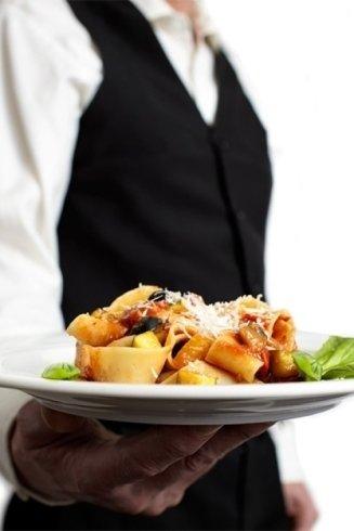 Ottimi i primi piatti di pasta fresca.