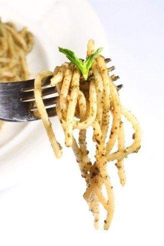 Primi piatti con salsa al pistacchio.