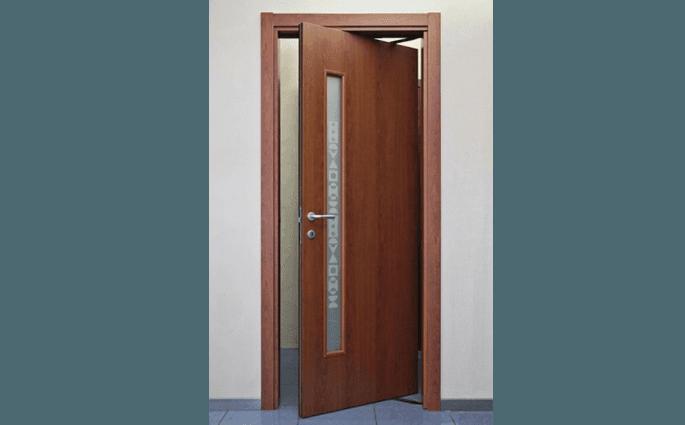 porta in legno girevole