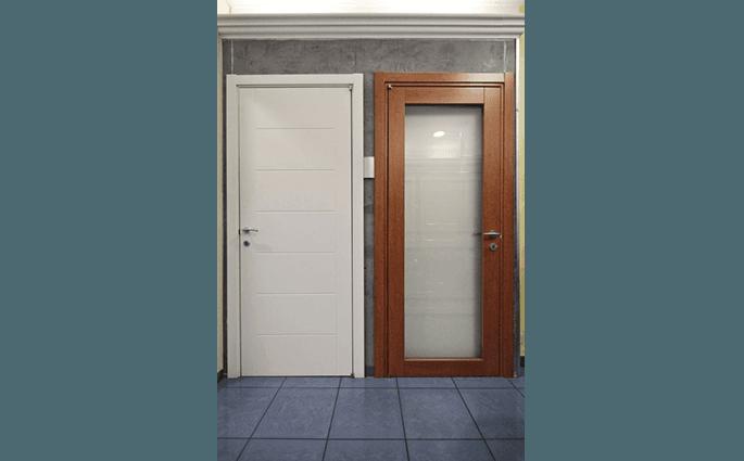 porta interna legno chiaroscuro