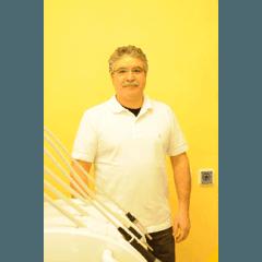 Dr. Med. Dent. Thomas Gino Mangiacasale