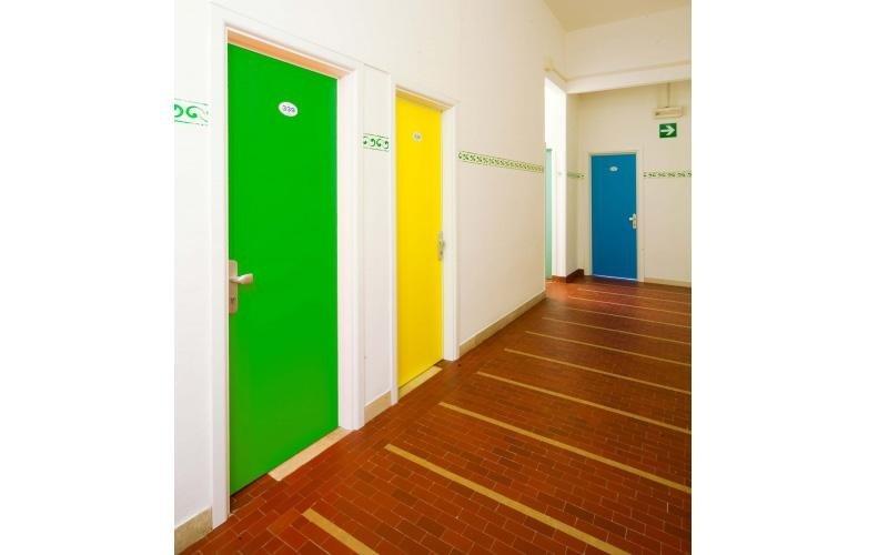Porte in PVC per strutture ricettive