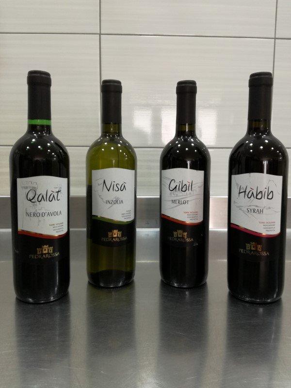 Vini in bottigli: Qalat, Nisa. Gibil, Habib