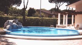 tecnici piscine, costruttori piscine, piscine monoblocco