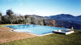 progettazione piscine a sfioro, costruzione piscine a sfioro, manutenzione piscine a sfioro