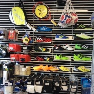 accessori sportivi monteroni d'arbia, scarpe sportive siena, articoli sportivi siena, articoli sportivi monteroni d'arbia siena, scarpe calcio siena, scarpe calcio monteroni d'arbia
