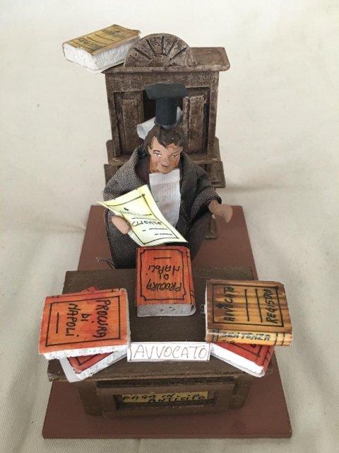 statua avvocato