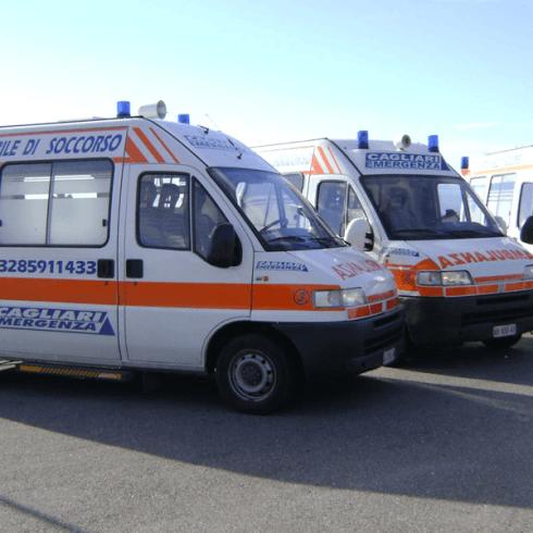 autoambulanze dell'associazione per il servizio di pronto soccorso