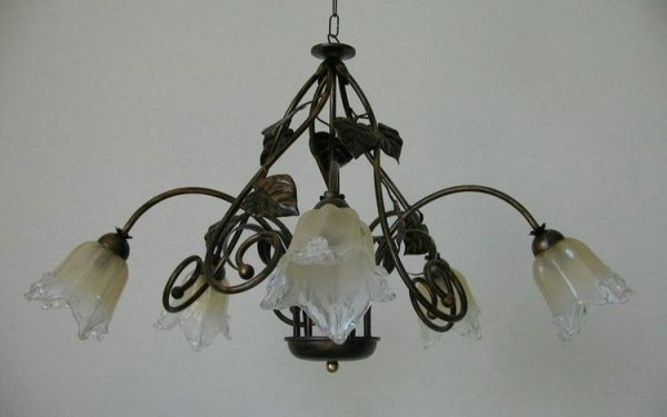 lampadario in bronzo