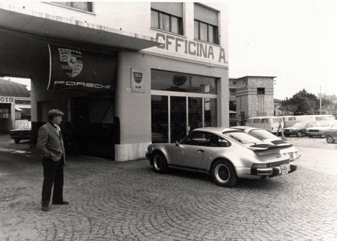 concessionaria Porsche 1975