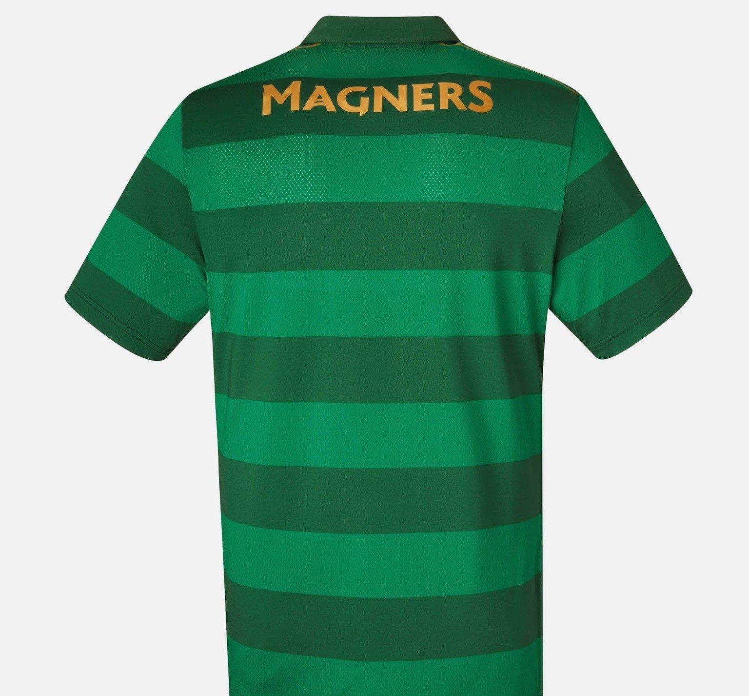 68e716250aac3 ... Celtic FC presenta nuevo uniforme de futbol de visita. La camiseta de  soccer presenta franjas horizontales en dos tonalidades de verde así como  todos ...