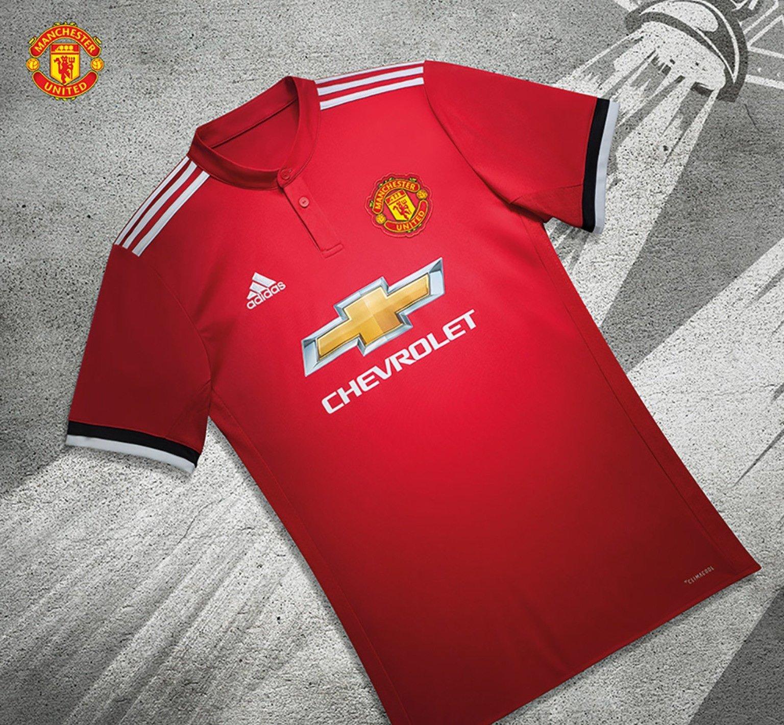 Muy pronto podrás encontrar la réplica de este uniforme en nuestra tienda  de futbol en el DF efce74fb1179a