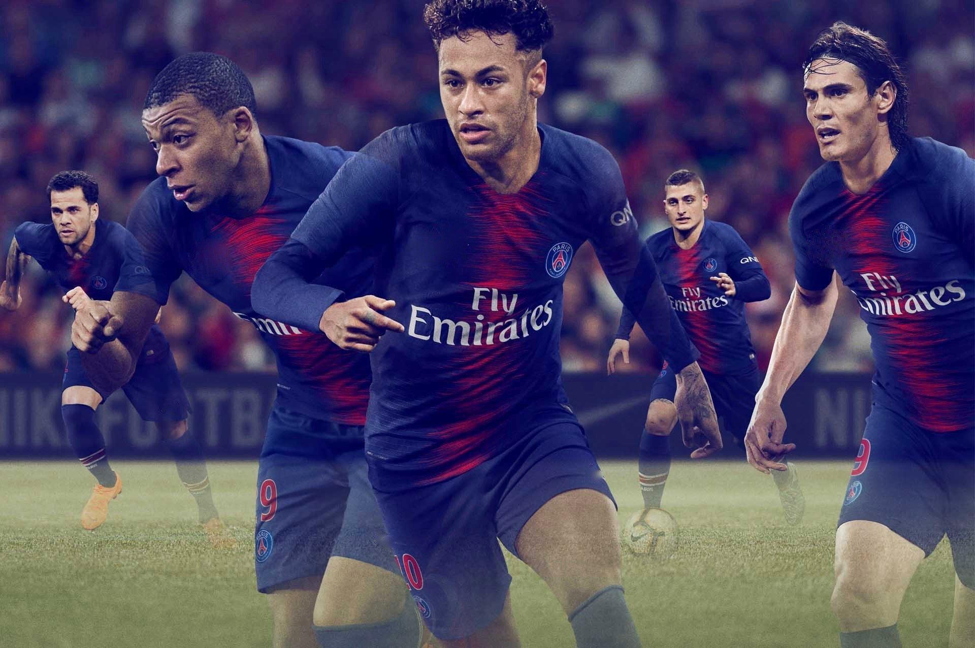 a23e6d5107410 En Soccers de Morelos ya los tenemos para que te vistas del club parisino. uniforme  de futbol psg 2018 2019