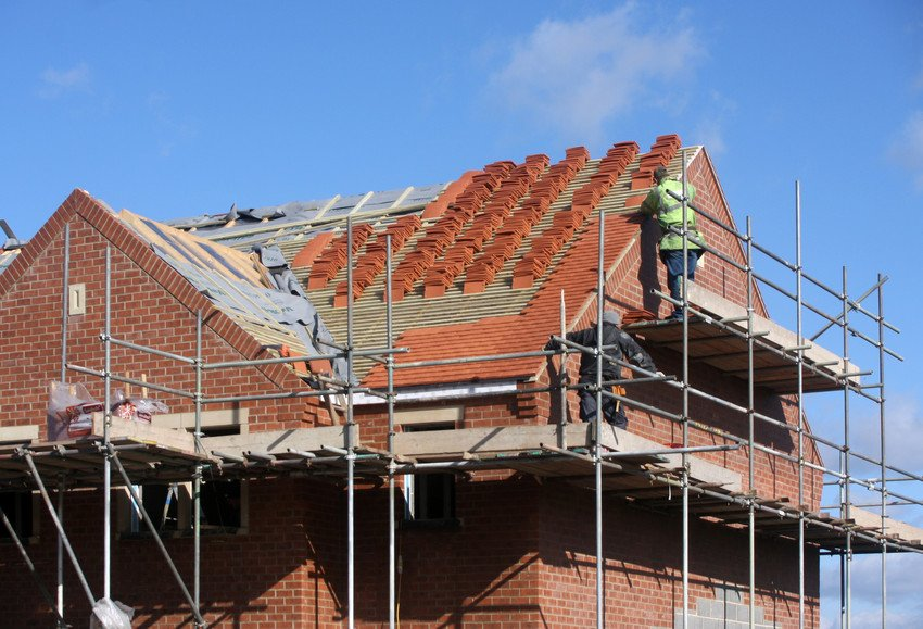 ROOF REPLACEMENTS & REPAIRS