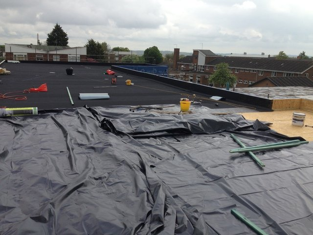 SINGLE PLYFLAT ROOFING