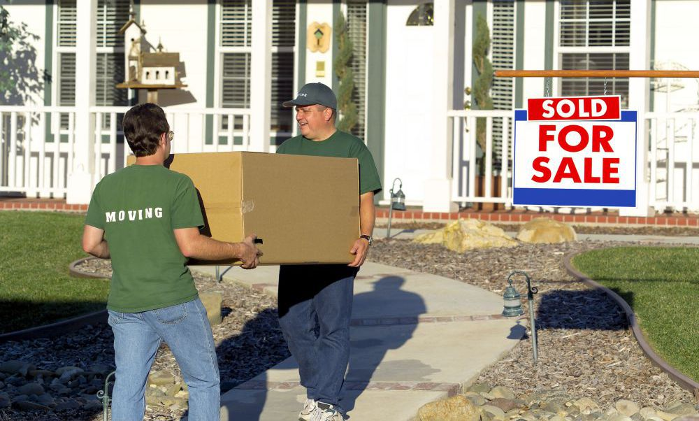 Men working for moving and storage services in Chillicothe, OH