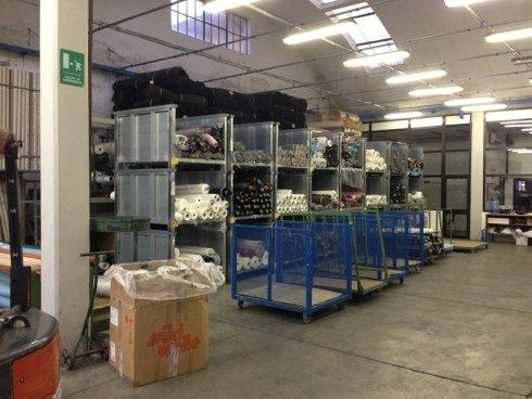 Interno magazzino tessuti