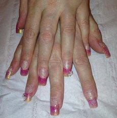 dual colour nail paint
