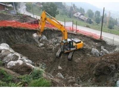 scavi e demolizioni Reco